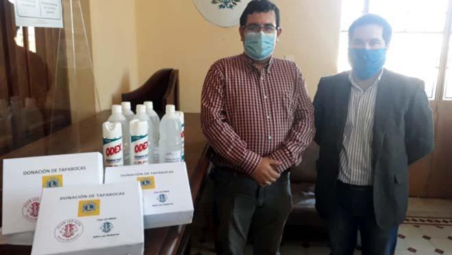 donación de tapabocas al Poder Judicial en Salto.