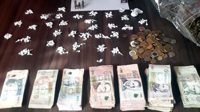 Diez personas detenidas por venta de drogas