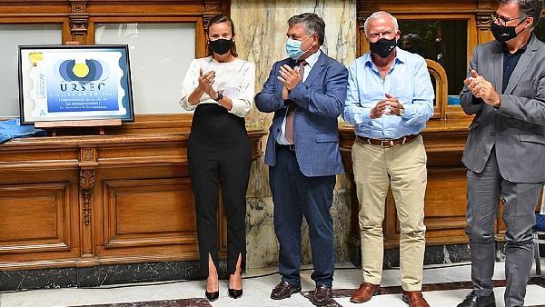 Ursec celebra 20 años de actividad con nuevo sello conmemorativo del Correo Uruguayo